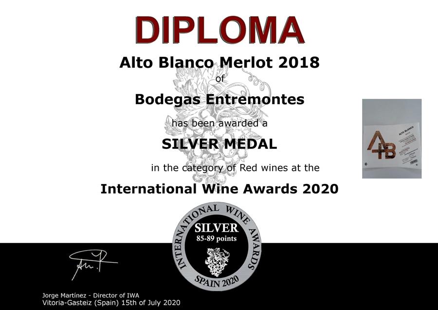 Alto Blanco Merlot 2018. Medalla de Plata. International Wine Awards 2020