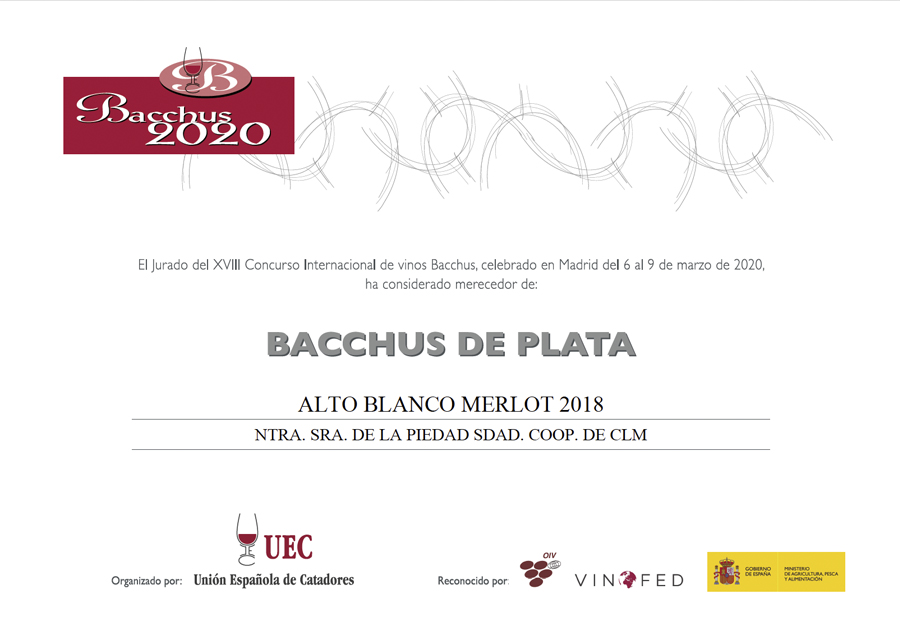 Alto Blanco Merlot 2018. Medalla de Plata. International Wine Awards 2020