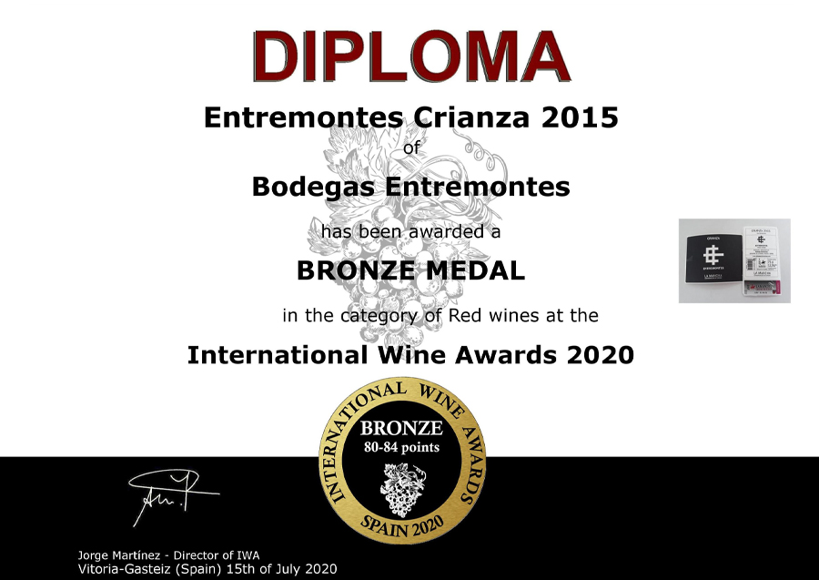 Entremontes Crianza 2015. Medalla de Medalla de bronce. International Wine Awards 2020